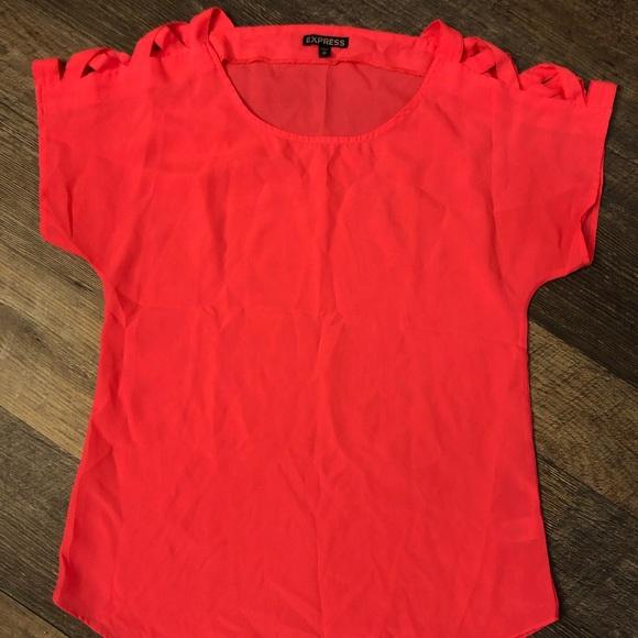 Express Tops - Hot pink Express top w. criss-cross open shoulder